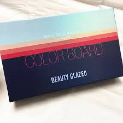 Beauty Glazed 4 In 1 Color Board Eyeshadow Palette